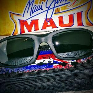 Maui Jim Sunglasses - UNUSED - Stingray - 103-02BW